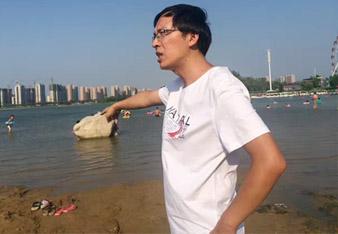 历城二中俩老师勇救溺水孕妇