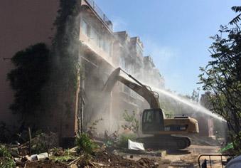 济南化纤小区内256处违建开拆