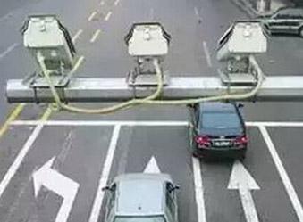 今年新增首批103处电警抓拍