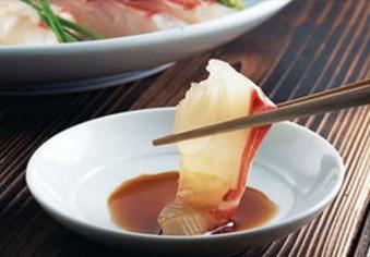 提醒:吃生鱼片,要防异尖线虫