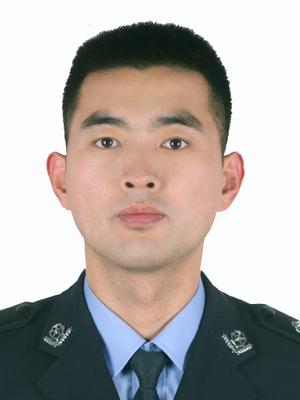 http://www.readmeok.com/upimg/张骞4/00000000000/40%20战疫卫士%20刘彬.jpg