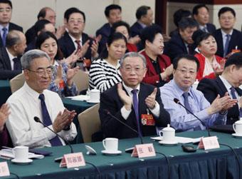 省委书记提议为实干家鼓掌