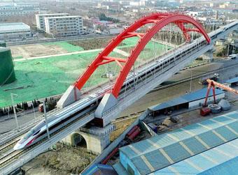 全省九成县域将实现高铁通达