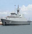 """新加坡海军""""刚毅""""号护卫舰访问青岛"""