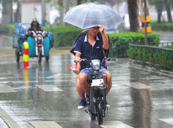 济南为啥总在午后开始下雨?